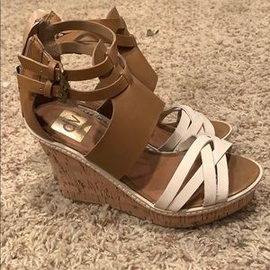 dolce vita two-tone wedges